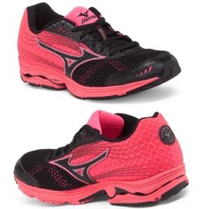 MIZUNO Wave Sayonara 3 Training Running Shoes